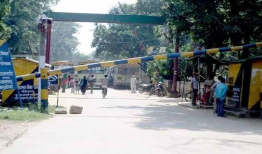 Human movement via Nepal-India border points likely to be blocked