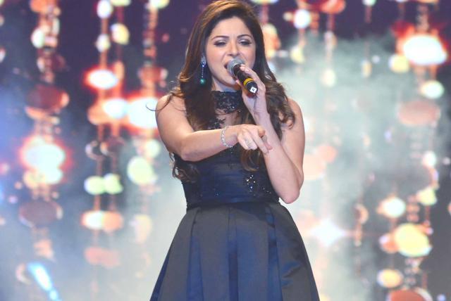 भारतीय गायिका कनिका कपूरलाई कोरोना संक्रमण