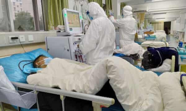 Iran temporarily frees 85,000 prisoners, including political ones, amid coronavirus