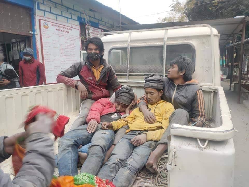 बझाङमा ट्रिपर दुर्घटना : २ जनाको मृत्यु, ३ घाइते